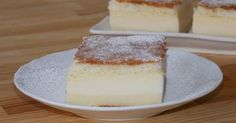 Super delicious and very easy to prepare, this magic custard cake is a real hit! What's magic about this cake? Chocolate Magic Custard Cake Recipe, Best Ever Chocolate Cake, Perfect Chocolate Cake, Custard Desserts, Tasty Chocolate Cake, Basic Sponge Cake Recipe, Sponge Cake Recipes, Summer Cakes, Food Cakes