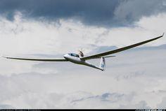 Schempp-Hirth Duo Discus T aircraft picture