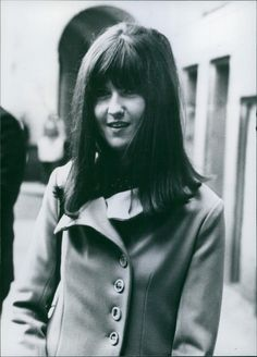 Cathy McGowan at 21 is the British Television Personality of 1965 - press photo