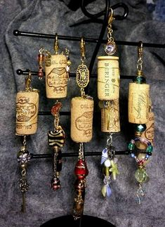 Wine Cork Christmas Ornaments and NecklacesThe perfect gift for your wine lover friends and family! Handmade Cork Ornaments and Necklaces . Wine Cork Jewelry, Wine Cork Art, Wine Cork Crafts, Wine Bottle Crafts, Bottle Art, Wine Corks, Wine Art, Wine Bottle Windchimes, Wine Bottle Fence
