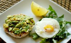 eggs & arugula breakfast | full recipe on the blog // carlivanheerden.com Arugula Recipes, Poached Eggs, Avocado Toast, Breakfast, Blog, Morning Coffee, Poached Egg, Blogging