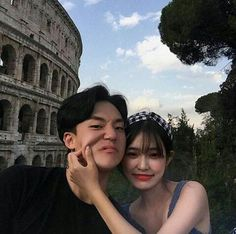Couple Korean 💕 discovered by ʀᴏᴄᴋs✞ᴀʀ on We Heart It