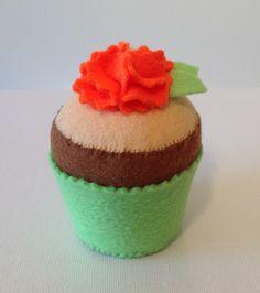 Felt cake orange flower