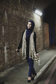 daisy single muslim girls Tv converses with daisy khan, author and reformer, about life as an advocate for  muslim  to don her gloves and shows up to the world's arena every single day   of people who use islam to disadvantage women and girls.