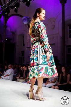 Lana Dumitru Picts, Dresses With Sleeves, Boho, Long Sleeve, Fabric, Fashion, Haute Couture, Fashion Ideas, Photography