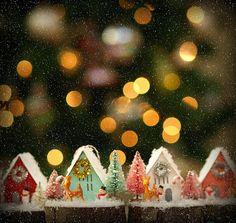 Little putz, glitter houses! A Christmas glitter house village!
