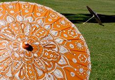 alisaburke: Painted Parasol Tutorial great idea to update patio umbrellas Alisa Burke, Rosette Headband, Sharpie Pens, Umbrellas Parasols, Black Sharpie, Craft Tutorials, Craft Ideas, Decorating Ideas, Diy Projects To Try
