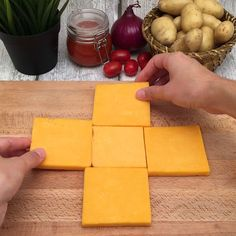Giant Cheesy Cube - My list of the best food recipes Beef Recipes, Cooking Recipes, Easy Recipes, Cooking Bacon, Cooking Crab, Mexican Recipes, Cooking Fails, Cooking Panda, Oven Cooking