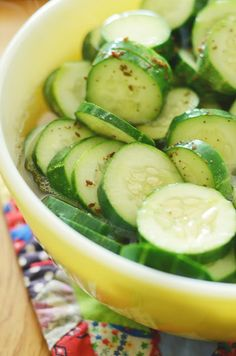honey-sweetened quick dill pickles