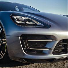 Porsche-Panamera_Sport_Turismo_Concept Lamps
