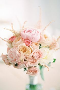 elegant wedding bouquet idea; photo: Kristin La Voie