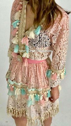 Gypsy Style, Hippie Style, Bohemian Style, Boho Chic, Women's Fashion Dresses, Boho Fashion, Womens Fashion, Fashion Design, Mode Hippie