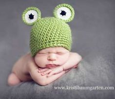 This will be the mommy and me hat! 1 for me. 1 for my baby! Green frog nursery | Green Frog Baby Nursery Room Toy Storage Box Tidy
