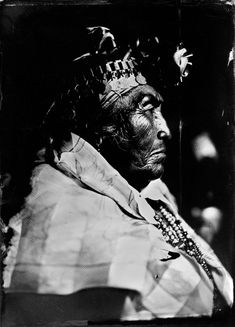 Mapuche means People of the Earth, it is actually an aboriginal community of people living in Chile and Argentina. The Musée de l'Homme in Paris