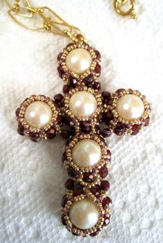This is actually a cross from a Japanese beading book.......Such a tallented Lady!  Gorg!  Crosses by Sharon A. Kyser