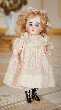 Pretty German All-Bisque Miniature Doll 500/800 Auctions Online | Proxibid