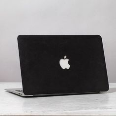 Fancy - Black MacBook Leather Cover