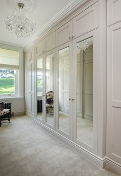 Mirrored Wardrobe Doors, Bedroom Built In Wardrobe, Bedroom Closet Design, Bedroom Wardrobe, Closet Designs, Home Bedroom, Modern Bedroom, Bedroom Decor, Wardrobe With Mirror