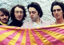 Great shot of the fab four from Arlene via abbeyroaduptheriver.  Looks like a flag from Sgt. Pepper? Jacket? Pants?
