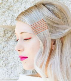 12 Correct Ways to Use Bobby Pins in Your Hairstyles Pigtail Hairstyles, Bobby Pin Hairstyles, Chic Hairstyles, Hairstyle Look, Unique Hairstyles, Braided Hairstyles, Bobby Pin Curls, Bobby Pins, Hair Scarf Styles