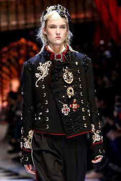 Dolce & Gabbana, Autumn-Winter 2016-17 | GeorgiaPapadon