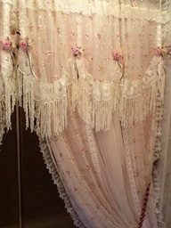 lace curtains with rosettes