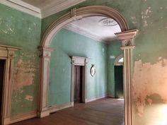 1845 Greek Revival - Society Hill, SC - Old House Dreams Abandoned Plantations, Abandoned Mansions, Abandoned Buildings, Abandoned Places, Old Mansions Interior, Mansion Interior, Southern Plantation Homes, Southern Mansions, Southern Homes