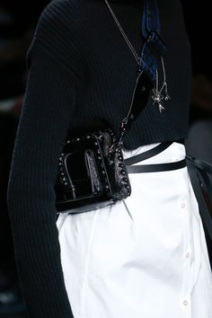küçük çanta trendi