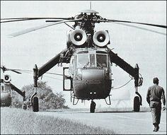 Sikorsky S-64 front view http://www.aviastar.org/helicopters_eng/sik_s-64.php