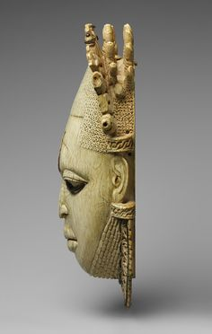 Africa | Queen Mother Pendant Mask: Iyoba, 16th century Nigeria