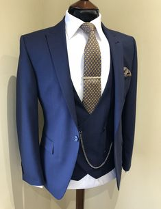 (notitle) – Muhammed Czr – Join the world of pin Wedding Dress Men, Wedding Suits, Sharp Dressed Man, Well Dressed Men, Groom And Groomsmen Suits, Style Masculin, Designer Suits For Men, Classy Men, 3 Piece Suits