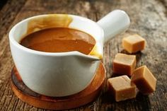 Make your own salted caramel sauce to use in a variety of recipes - Salted Caramel Hot Chocolate Slow Cooker Desserts, Slow Cooker Recipes, Crockpot Recipes, Caramel Mou, Salted Caramel Hot Chocolate, Fudge, Toffee Sauce, Easy Eat, Caramel Recipes