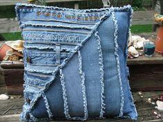 Подушка из джинсов