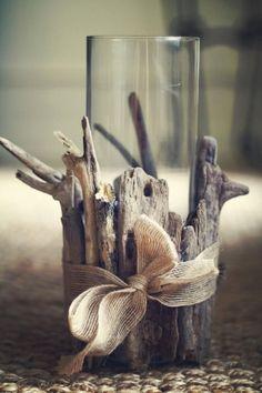 Dekoration Tisch oder Fensterdeko Treibholz mit Band verzieren Sommer Bastelidee Do You Have the Rig Beach Crafts, Summer Crafts, Home Crafts, Diy Home Decor, Arts And Crafts, Diy Crafts, Stick Crafts, Creative Crafts, Fall Crafts