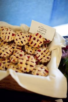 Alea's Pick for Wedding & Party Foods! Mini Pies-Super Cute way to Incorporate Pies at any Gathering.