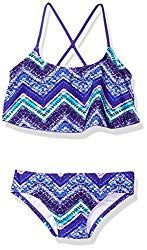Outfit your kids in cute, play proof and durable Kids clothes With quality construction, you can bet these clothes will last longer than your kids will ware them. Water Shoes For Kids, Kids Outfits, Summer Outfits, Flounce Bikini, 2 Piece Swimsuits, Surf Girls, Baby Girl Shoes, Bikini Beach, Sport T Shirt