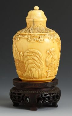 Chinese Ivory Snuff Bottle