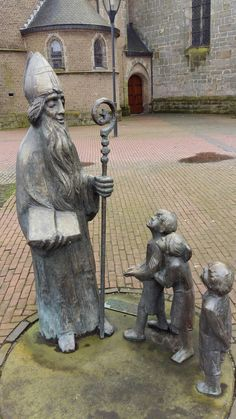 Sint Nicolaasbeeld (Denekamp