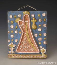 Kovács Margit Madonna gyermekkel falikép Madonna, Museum, Sculpture, Ceramics, Glass, Art, Ceramica, Art Background, Pottery