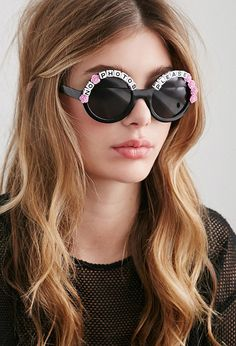 These Rad and Refined No Photos Please Sunglasses are cute and quirky.