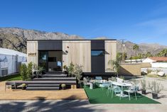 Plant Prefab has recently revealed its latest tiny house that is jam-packed with smart technology. Dubbed LivingHome the dwelling is designed as an Accessory Dwelling Unit and features a smart voice command system. Prefab Cabins, Prefab Homes, Modernism Week, Structural Insulated Panels, Interior Design Photography, Modern Tiny House, Building Systems, Modular Homes, Modular Housing