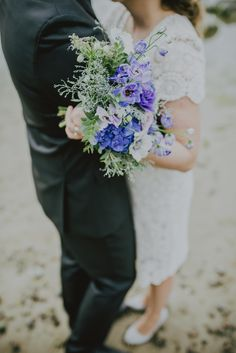 Bluw wedding bouquet by Elisabet Aias, Liis Talve. Photo by Marit Karp #bluwflowers #blueweddingflowers #weddingbouquet #weddings