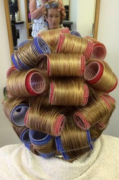 Roller Set, Curlers, Sleep In Hair Rollers, Full Makeup, Hair Setting, Everyday Makeup, Vintage Glamour, How To Take Photos, Perms
