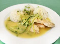 Denné menu Vranov | Grilované kuracie medailónky v cuketovom jullienne, hrášková ryža - reštaurácia Hotel Patriot*** #hotel #restaurant #food