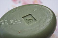 Bright Lips & Awkward Pose: Review: Shizen Gokochi Facial Soap in Green Tea