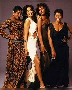 Selena Quintanilla Perez, Black Love, Beautiful Black Women, Pretty Black, Black Art, Amazing Women, Beautiful People, Afro, Whitney Houston Pictures