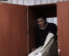 aish... these dorks ^^.......Hahah xD I love this gif(: