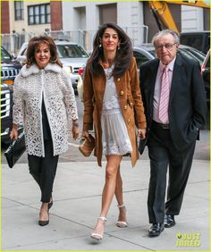 Amal Clooney Takes Her Parents to New York's Hottest Show !! Sarah s bag ❤️  Amal Clooney