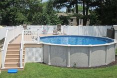 Pool and Deck por Brothers 3 Pools - Decks backyard - Piscinas Above Ground Swimming Pools, Swimming Pools Backyard, Swimming Pool Designs, In Ground Pools, Jacuzzi, Small Above Ground Pool, Deck Ideas For Above Ground Pools, Over Ground Pool, Pool Deck Decorations