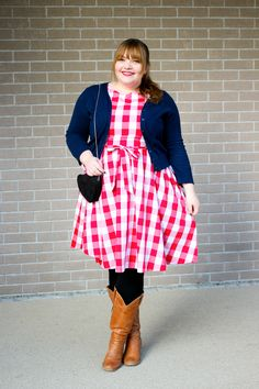 Plus Size Outfit by kathastrophal.de // wearing the 'Audrey' Red check Swing Dress by Lindy Bop and tan cowboyboots